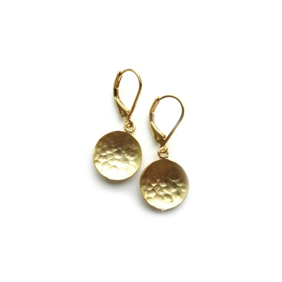 Small Gold Earrings, Hammered Gold Dangle Earrings, Hammered Circle Earrings, Everyday Gold Earrings, Simple Gold Earrings