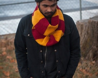 Harry Potter Gryffindor Infinity Scarf Cowl 6 ft long Crochet Clothing Cosplay Costume