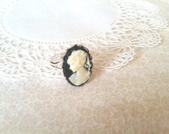 Cameo Ring - Cameo Jewelry (BLACK and IVORY on Silver)
