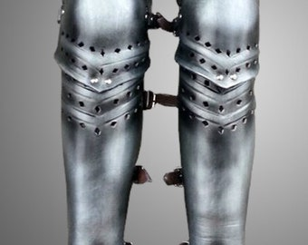 Leather Greaves Leg Armor