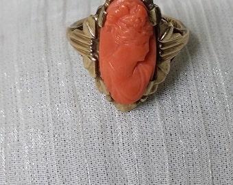 Vintage coral ring. Cameo ring. Coral ring. Coral Ring. Pinky ring. Vintage coral ring. Pink Coral ring. Vintage  ring.Pink coral ring.,