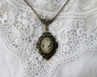 Victorian Edwardian Cameo Pendant, Timeless Style, Wonderful Gift, Downton Abbey, Cosplay, Gift giving ready