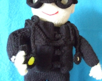 16inch high knitted scuba diver