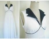 Vintage Sleeveless White ...