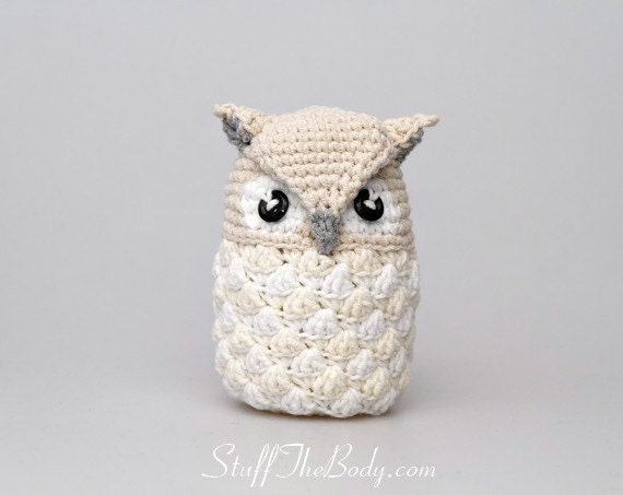 Crochet Pattern For Pikachu Doll : Seamless Snow Owl Amigurumi Pattern christmas ornament
