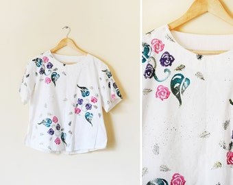 Vintage women's cream hand painted floral top