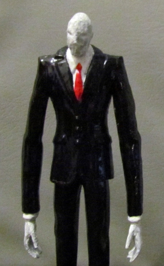 Slenderman video game statue horror figure custom slender