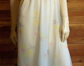 Vintage Lingerie 1960s JOLIE TWO White Floral Chiffon Nightgown XS