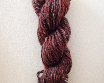 Hand-spun wool in soft shades of brown and orange, 70 gr. brown red hand spun yarn, two ply yarn