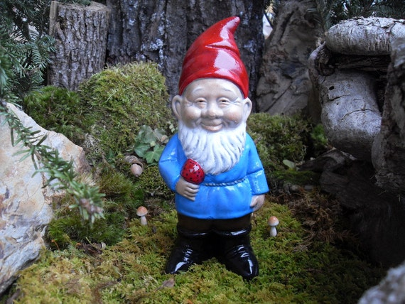 Gnome Garden: Garden Gnome StatueGnome Holding Mushroom By LaurelsFairyDoors