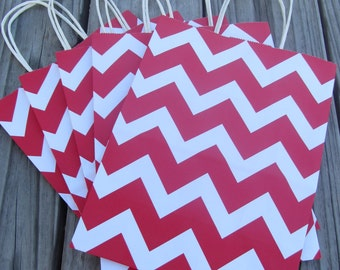 20 Pack Red Chevron Gift Bag with Handle 8 x 4 x 10