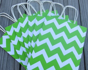 20 Pack Lime Green Chevron Gift Bag with Handle 8 x 4 x 10