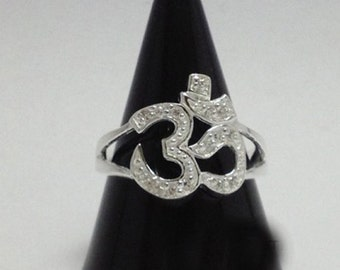 """925 Sterling Silver A ring """"Om Hindu"""" Rich and Luck Good Business.(No.33)"""