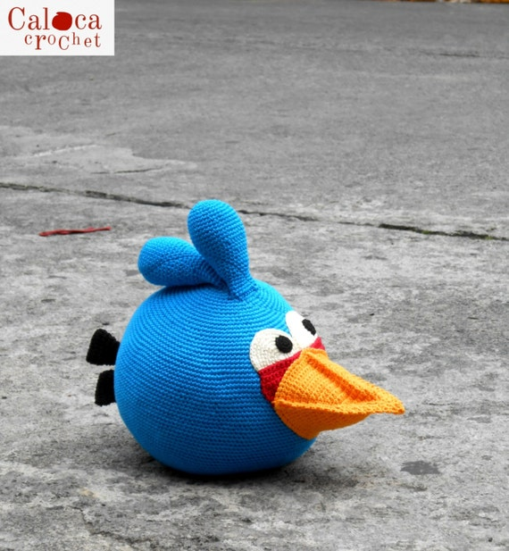 Blue Angry Bird Amigurumi Pattern : Blue Angry Bird amigurumi pattern. By Caloca by CalocaCrochet