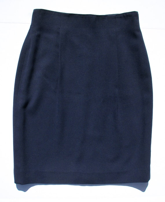 carlisle navy blue wool skirt front pleats classic