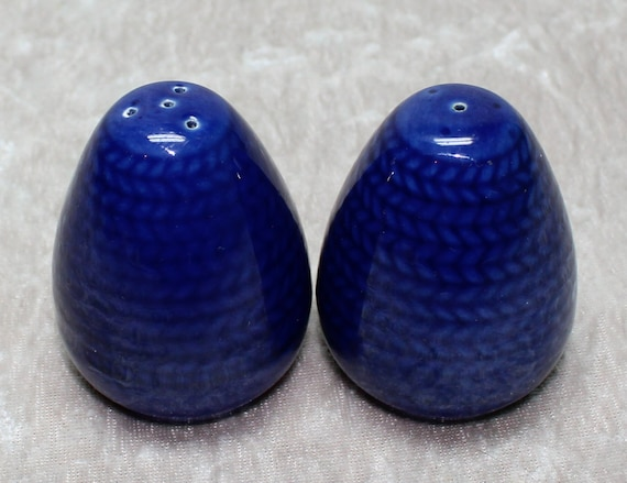 Amazing Vintage Salt And Pepper Shakers Bl Eld