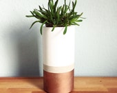 "Concrete Planter ""MUIR"" in White / Copper ∅ 10 cm (4"")"