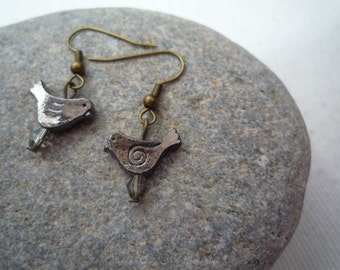 Quirky antique bronze bird earrings.