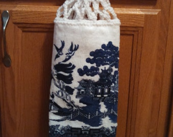 Blue Willow Hanging Kitchen Towel