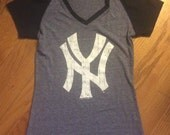 New York Yankees V-neck Tshirt