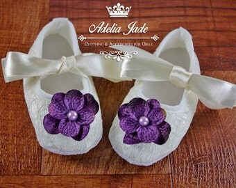 Ivory Baby Shoes, Soft Sole Baby Shoes, Wedding Baby Flower Girl Shoes, Crib Shoes, Lace Baby Girl Shoes, Infant Shoes, Newborn Girl Shoes