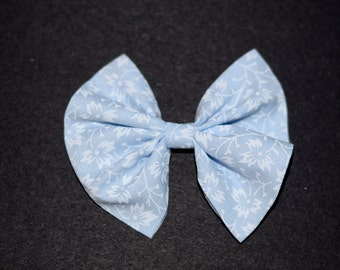 Pastel Blue and White Leaf Print Hair Bow