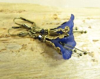 Earrings Flowers of the Enchanted Forest, Earrings Eardrops Flowers Blossoms Blue Brass Bronze Magic Fantasy Elf, Vintage Style Handmade