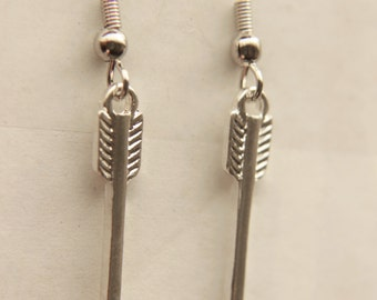Arrow earrings - Gamer girl, jewelry - Arrow charm earrings, Archer jewelry,