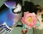 Vintage Blue Jay Figurine, Floral, Pink Flowers, Cyanocitta cristata, North American Winter Bird, Blue & White Birds, Blue Jays