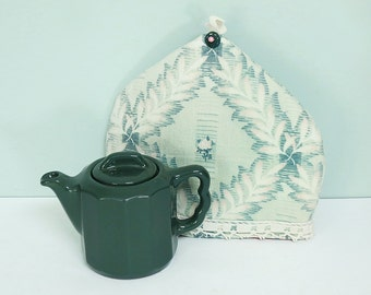 Onondaga Pottery Company OPCO Personal-Size Dark Green Diner Teapot with a Hand Sewn Teapot Cozy Made from a Vintage Leaf Pattern Textile