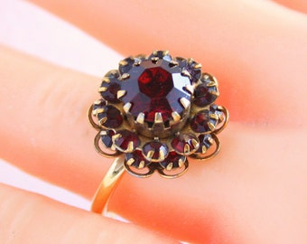 Garnet Red Flower Ring Vintage Sarah Coventry Rhinestone Floral Cocktail Ring Costume Jewelry