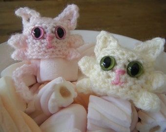 Marshmallow Cat - amigurumi crochet pattern original easy pattern by Moss Mountain