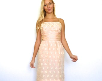 50s Pale Pink Paisley Lace Pattern Wiggle Dress xxs xs