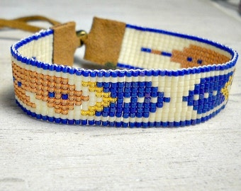 Feather Bracelet - Seed Bead Bracelet - Indian bracelet - Beaded Bracelet - Adjustable Bracelet - Gifts For Her - Under 30