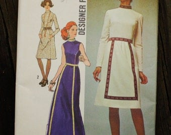 Simplicity 9606 1970s 70s Boho Hippie Bohemian Dress Vintage Sewing Pattern Size 8 Bust 31.5