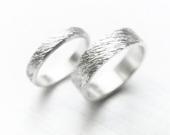 ondules - wedding bands // {14K GOLD} // alternative wedding rings // promise ring set // couple jewelry // couples rings