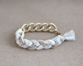 Beige bracelet with chunky chain, boho braid bracelet, chain bracelet, beige and gold