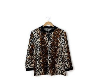 Vintage  Leopard x Black Trim Velour Long Sleeve pullover/Blouse  from 1980's*