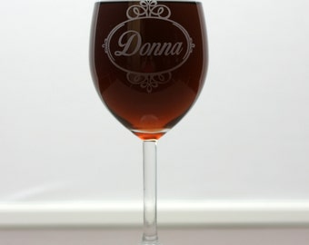 Personalized engraved wine glass with fancy scroll oval art christmas gift, holiday gift, mom gift,sister gift,aunt gift,gift under 20