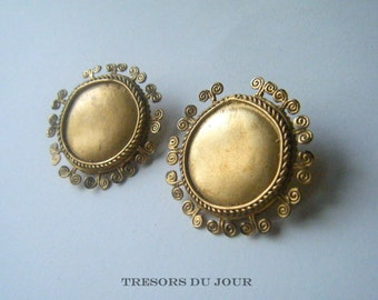 Gold Earrings Gold Stud Earrings Large Gold Earrings Unique Ethnic Earrings VINTAGE AZTEC Gilt EARRINGS Vintage Gold Earrings Mayan Earrings