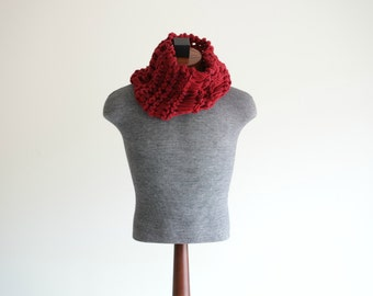 Hand Knit Men Scarf Red Men Scarf Mens Red Scarf Red Cowl Thick Knit Chunky Warm Red Scarf for Men
