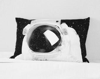 ASTRONAUT pillowcover / metamorphosis pillowcase
