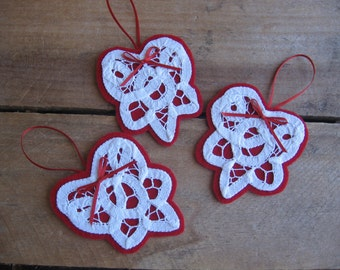 White Heart Ornaments, Battenberg Lace Hearts, Gift Embellishments, Set of THREE, Valentine Ornaments, Red White Hearts SnowNoseCrafts