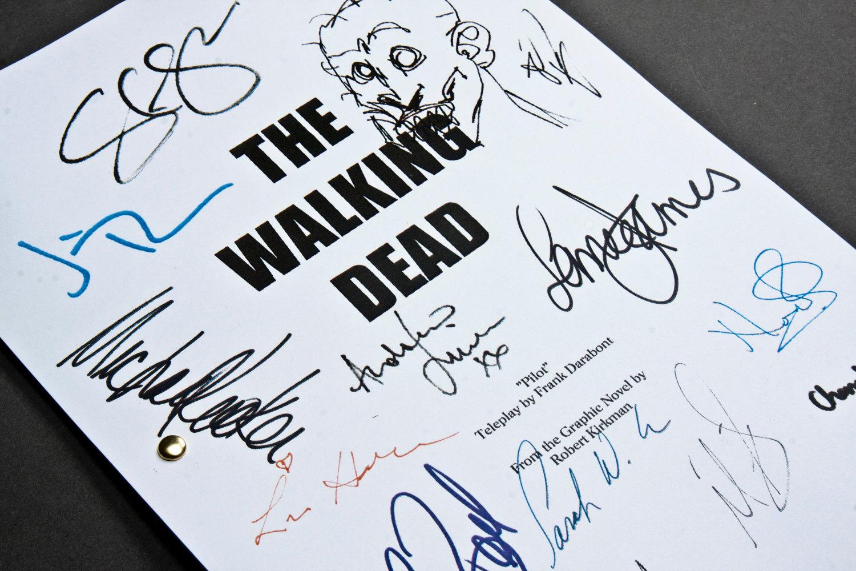 The Walking Dead TV Script with Signatures / Autographs