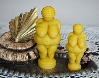 Large & Small Beeswax Venus of Willendorf Candle - birthday present - Venus of Willendorf Candle - Xmas, Christmas Table Centre Piece