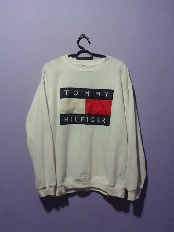 Vintage tommy hilfiger big flag sweater shirt