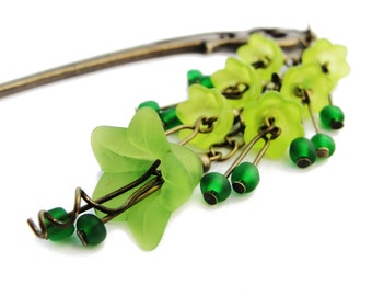 Japanese hair stick with frosted bright green lucite flowers, hairstick, kanzashi hair pin hair ornament - stick to choose - phoenix, katana