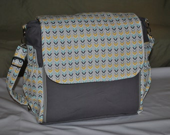 Diaper bag - messenger style