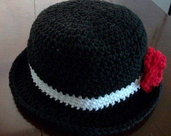 crochet 1920's style cloche hat with removeable rose