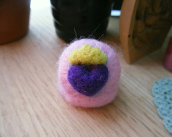 Queen of Love Kawaii Needle Felted Ring